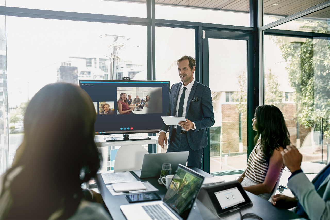 All-in-one Meeting Rooms Control
